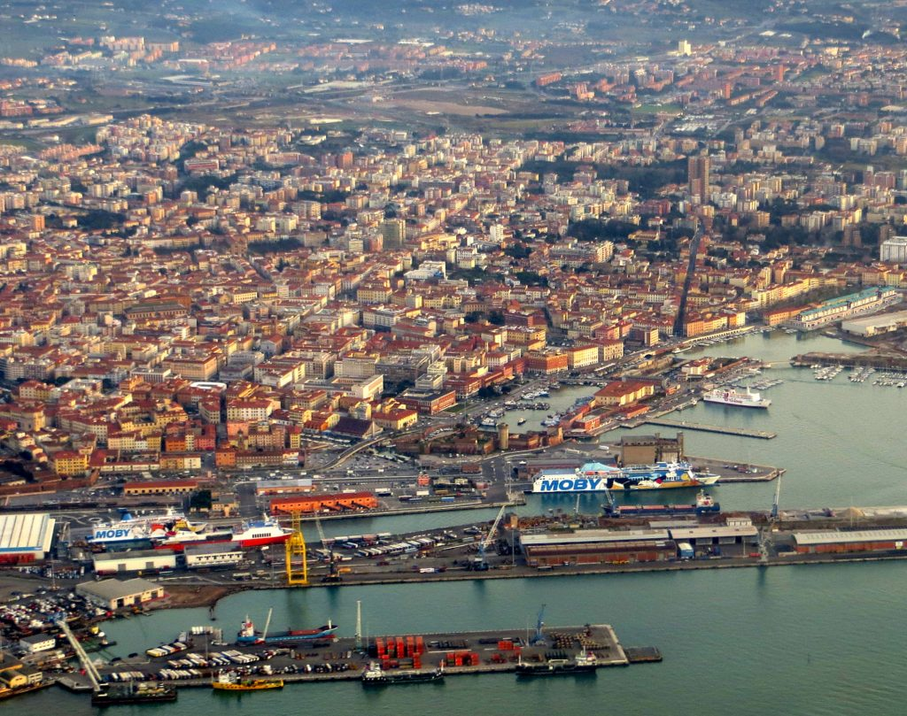 Livorno_dall'aereo_1